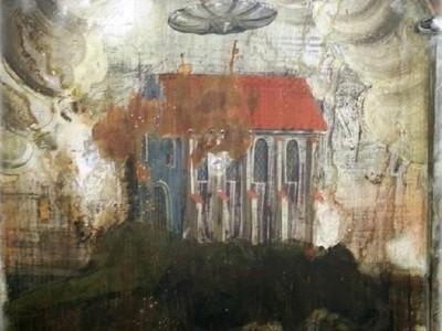 Изображение НЛО на стене монастыря в Румынии