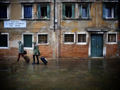 Чемоданов с колесами в Венеции не будет