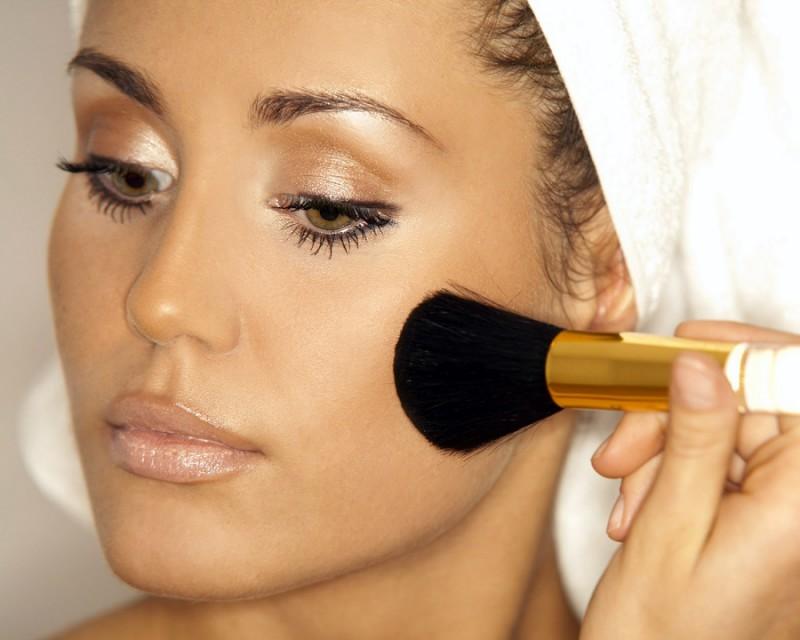 Основы утреннего макияжа или как, опаздывая, выглядеть идеально