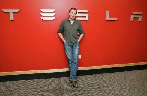 Tesla подарит миру бесплатный интернет