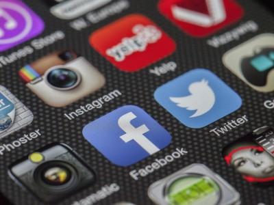 Социальные сети врут