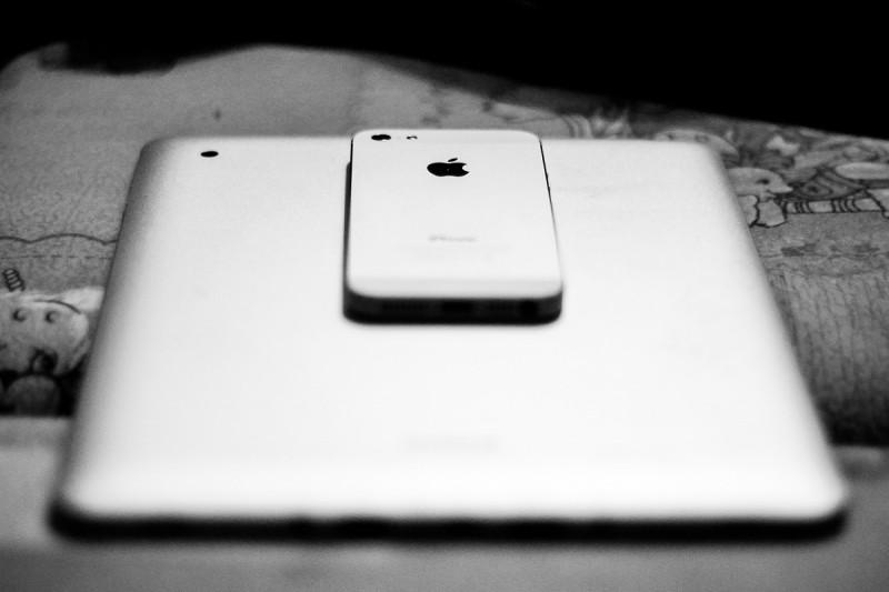 Что делать, если iPhone упал в воду?