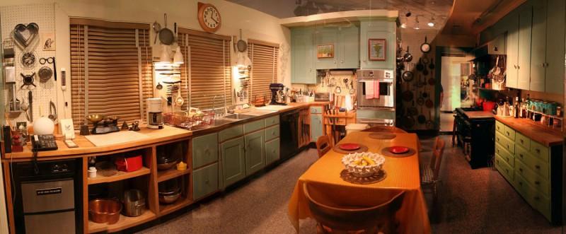 Современная кухня – сочетание технологичности и уюта