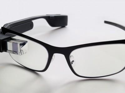 Google и Intel : Google Glass