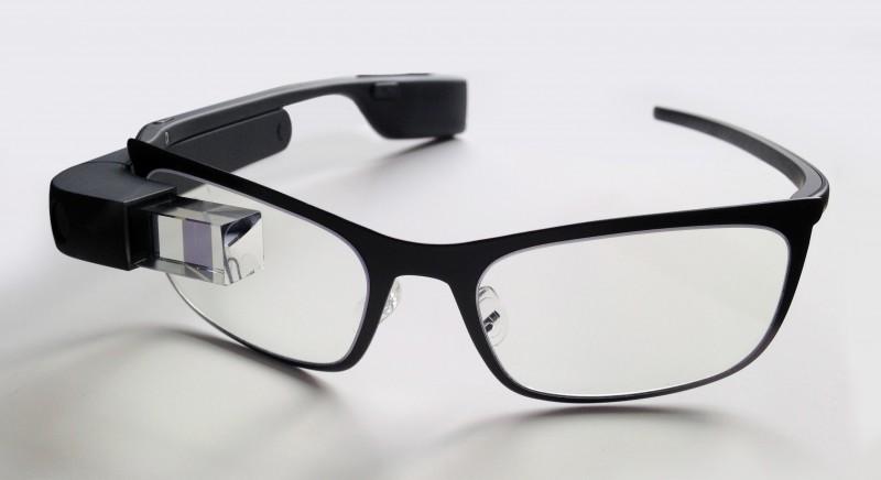 Google Glass будут работать на базе процессоров Intel