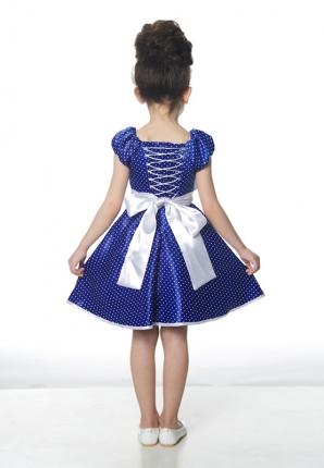 На что обратить внимание, выбирая платье для девочки?
