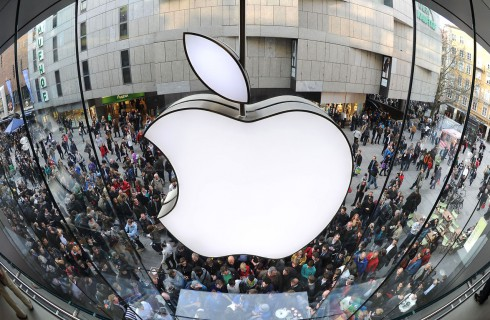 Компания Apple снова в лидерах