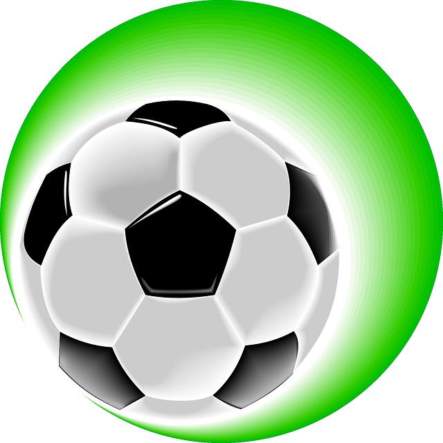 Когда лучше отдать ребенка в футбольную секцию?