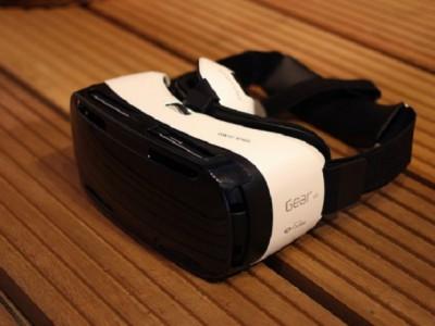 Гарнитура VR от Samsung
