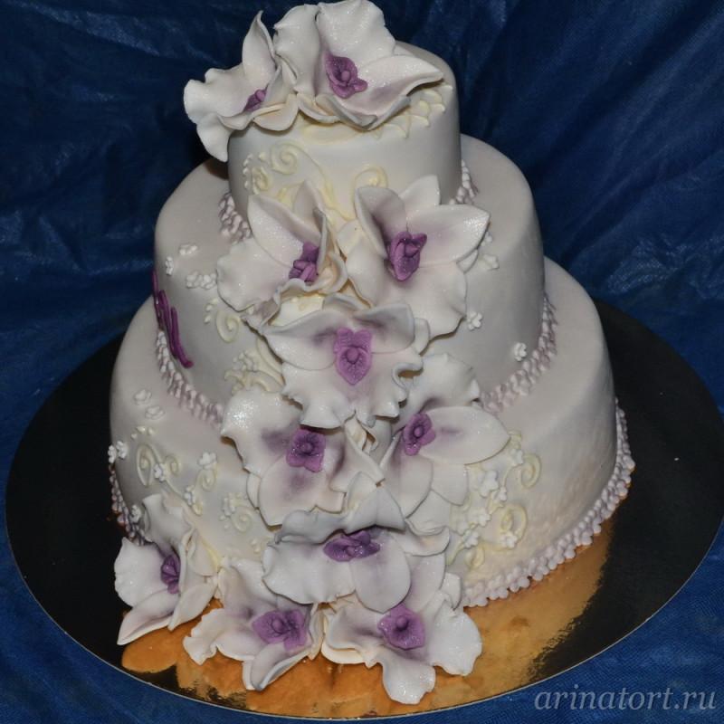 Чем отличается торт из мастики от обычного?