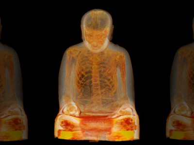 Мумия внутри статуи Будды: снимок, полученный с помощью компьютерной томограммы статуи Будды
