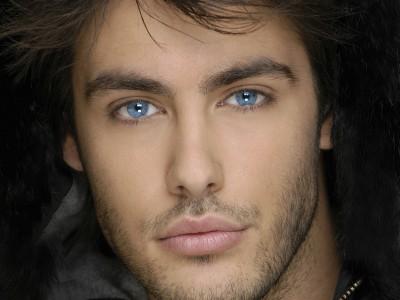 Привлекательные люди: мужчина