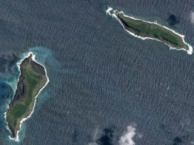 Снимок, сделанный спутником до извержения вулкана