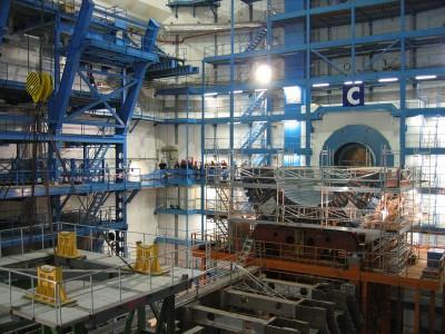 Запуск адронного коллайдера намечен на март