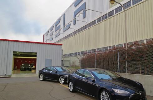 Tesla настраивается на гигантизм