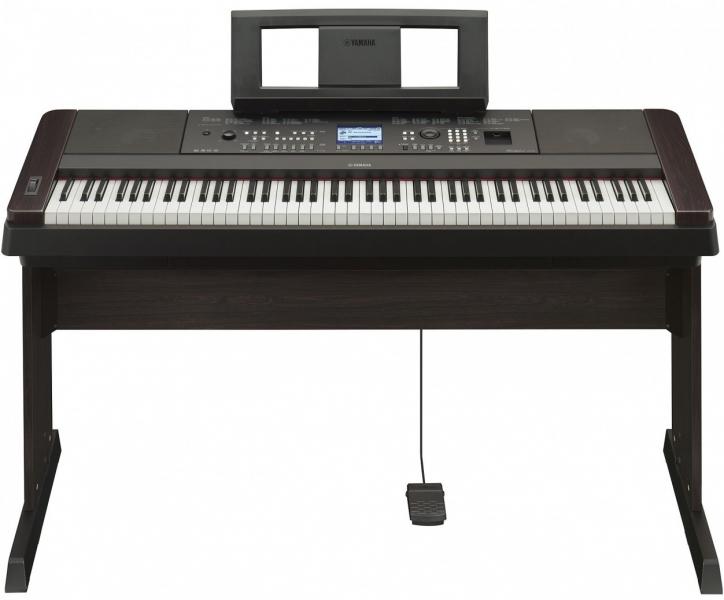 Чем электронное пианино отличается от обычного?