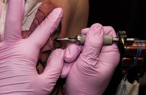 Родители поддержали дочь татуировками
