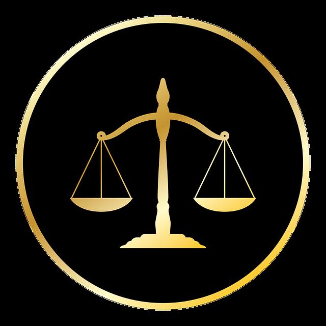 Зачем россияне обращаются к юристам?