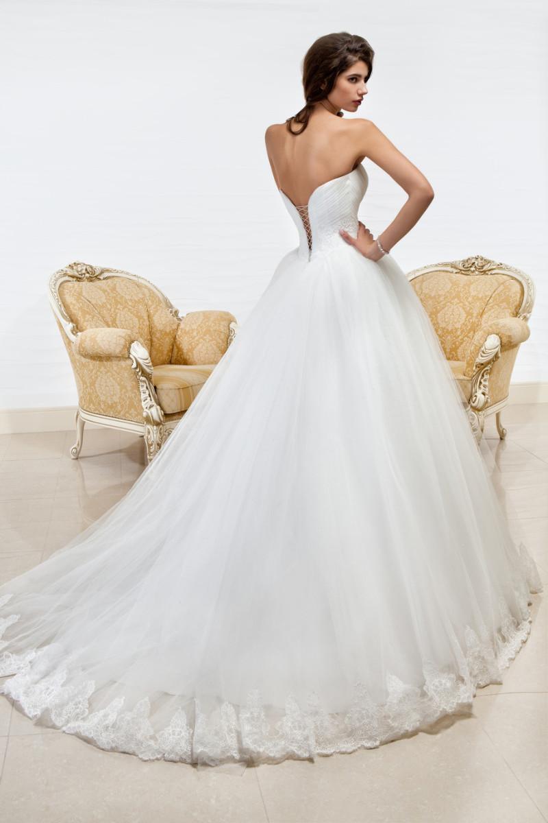 Свадебная мода. Что актуально в 2015 году?