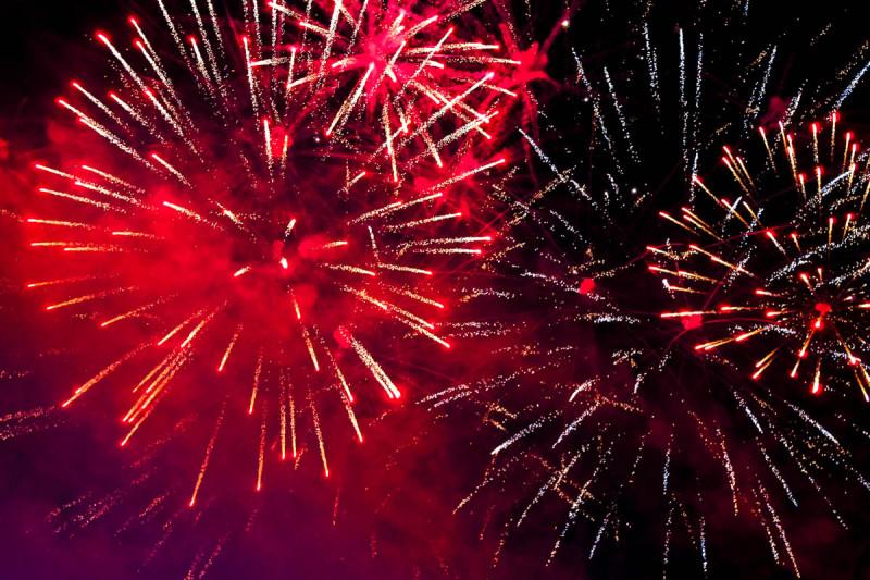 Огненное шоу — украшение любого праздника