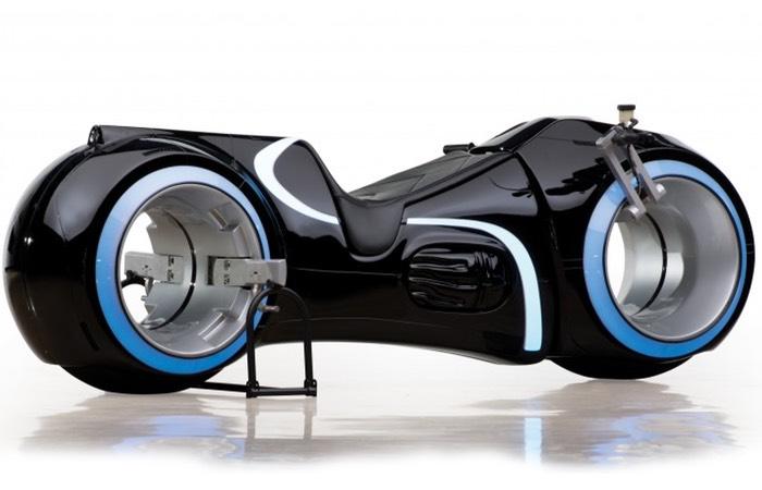 Мотоцикл из фильма «Трон: Наследие» продали на аукционе