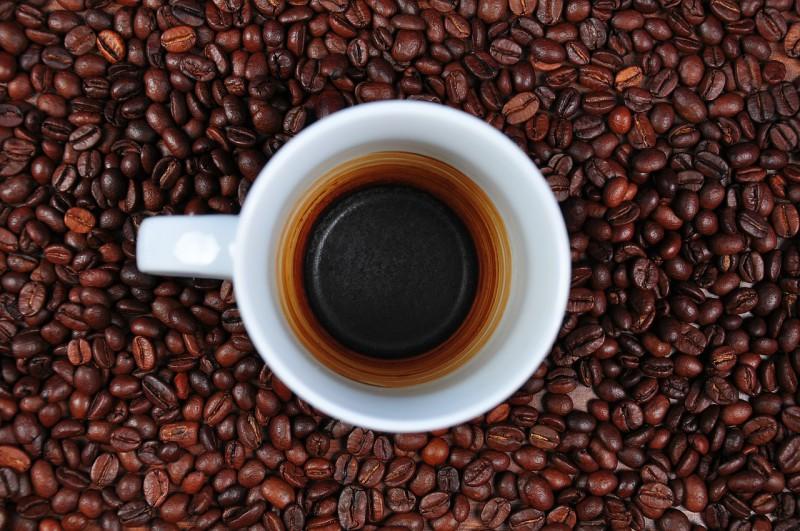 Космонавты впервые пьют кофе