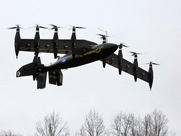 Самолет и вертолет объединятся в дроне