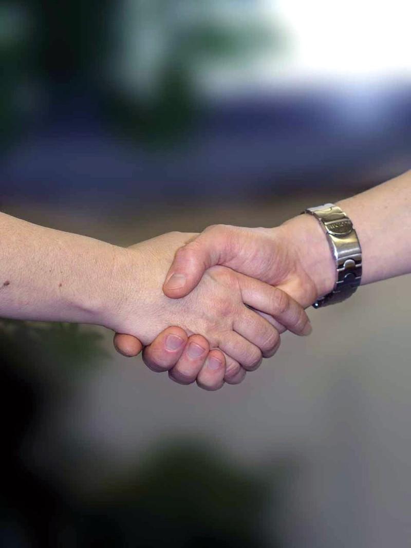 Рукопожатие расскажет о состоянии здоровья