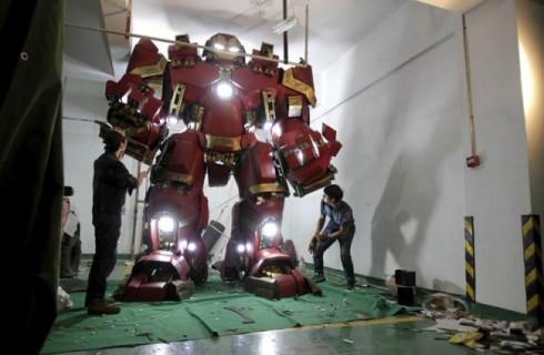 Трехметровое проявление любви к супергероям Marvel