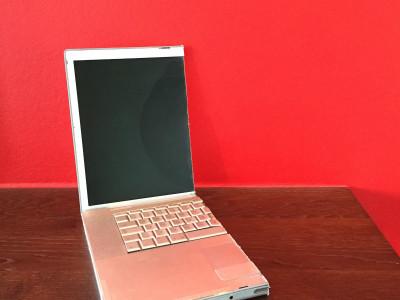 Деление имущества супругов: половина компьютера Apple