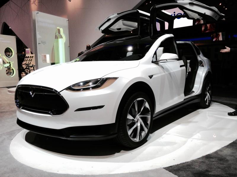Tesla создает специальный женский автомобиль