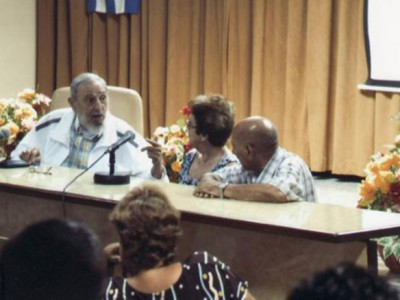 Фидель Кастро на переговорах