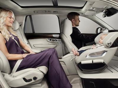 Детские автокресла Volvo