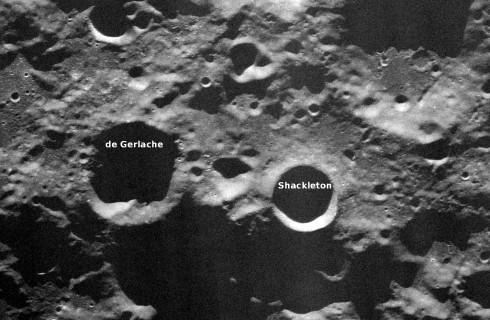 NASA отправит роботов обустраивать Луну