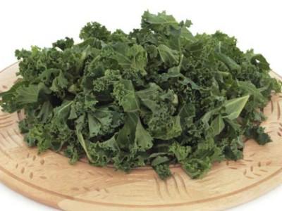 Продукты для здоровья : зелень