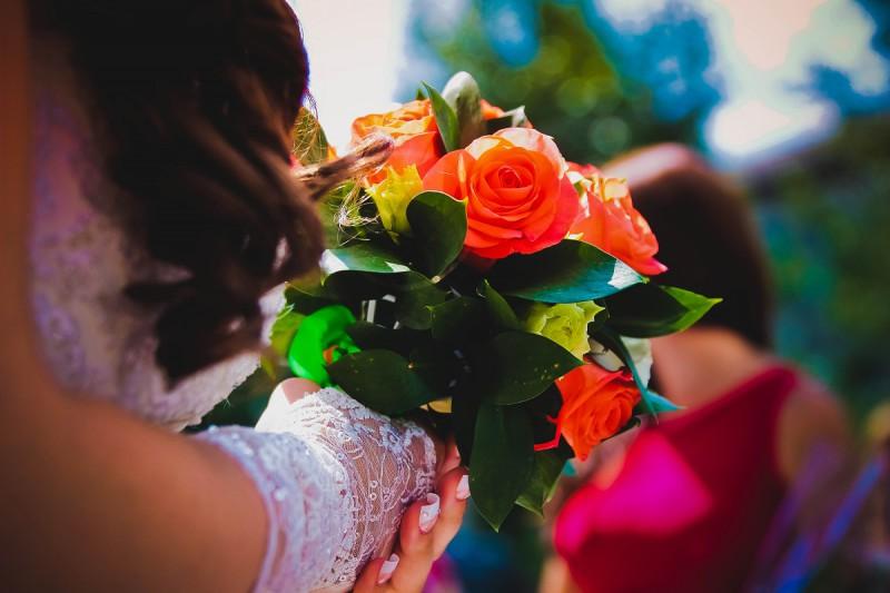 Какой свадебный подарок можно сделать своими руками?