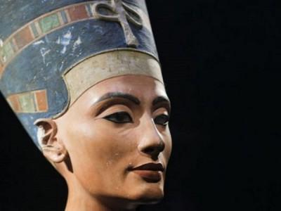 Гробница Нефертити до сих не найдена
