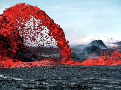 Лунная лава содержала вулканическое стекло