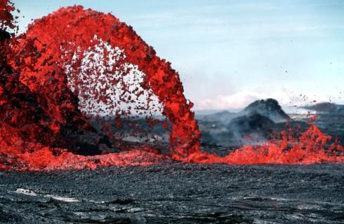 Вулканы раскрывают тайну происхождения Луны