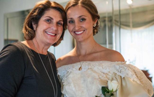 Свадебное платье пережило 11 невест