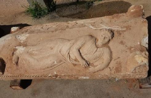 Редкий саркофаг раскопали строители