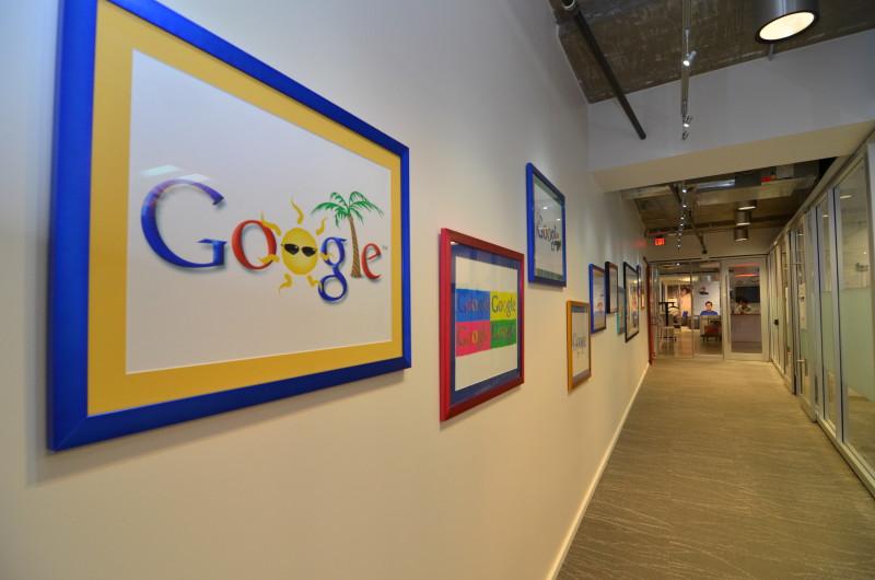 Студент купил доменное имя Google.com