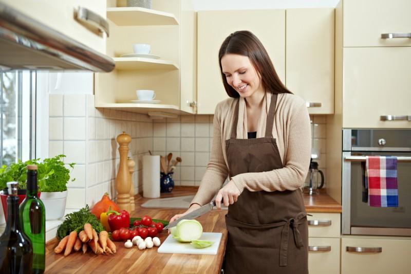 Приготовление пищи несет опасность женскому здоровью