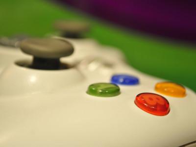 Женщины покупают видеоигры. Xbox 360