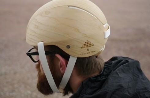 Примерь деревянный шлем