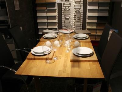 Размер стола влияет на аппетит