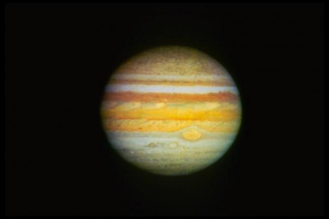 Ученые рассмотрели северное сияние на Юпитере