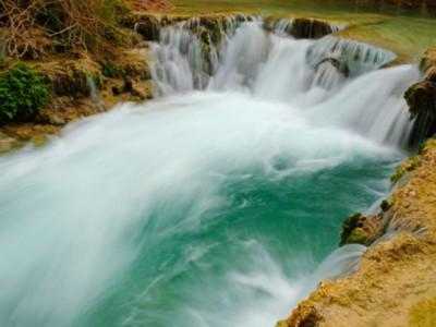 5 уникальных водопадов: Хавасу-Фолс