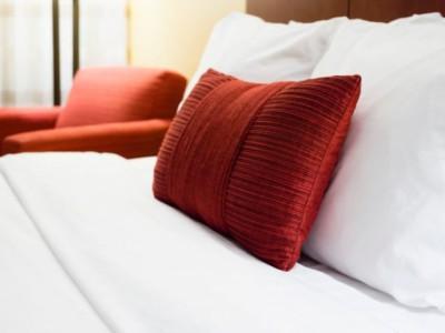 Сон в чужой постели
