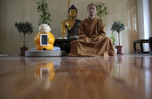 Робот-буддист – сочетание религии и технологий
